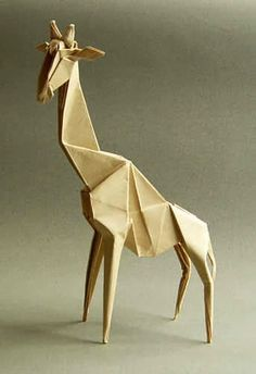JIRAFA ( HIDEO KOMATSU ) Hola amigos bueno en este dia les voy a mostrar como plegar este bello animal, es una girafa espero q les ...