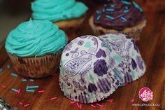 Capacillos para cupcakes de nuestro cilindro mora azul. www.artepack.co