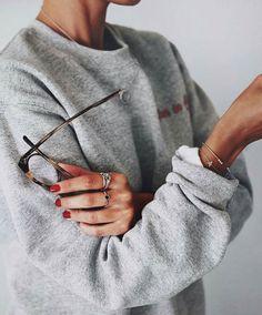thestyle-addict: Sweatshirt   Shop here»