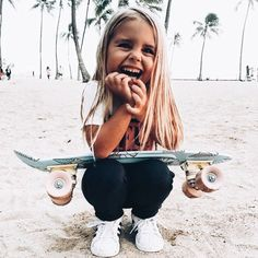 For the first time, women will take part in Mavericks surfing competition Little Babies, Little Ones, Cute Babies, Foto Baby, Baby Kind, Skater Girls, Kind Mode, Future Baby, Future Daughter
