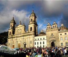 Μπογκοτά, Κολομβία Mosque, Gods Love, Barcelona Cathedral, Building, Places, Travel, Beautiful, Viajes, Love Of God