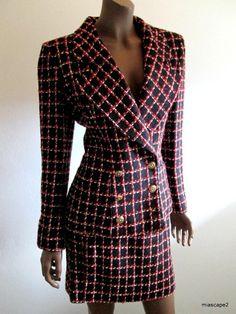 EMANUEL UNGARO Blazer Jacket Skirt Suit ~ Black/White/Red Bouchle Knit PARIS 10 #EmanualUngaro #SkirtSuit