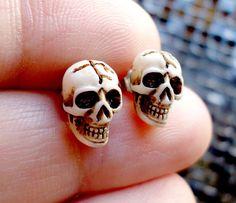 Items similar to Tiny skull studs in bone color. Surgical steel on Etsy Bone Color, Surgical Steel Earrings, Class Ring, My Heart, Bones, Studs, Gold Rings, Rings For Men, Unisex