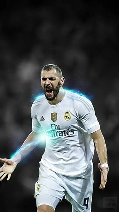 Karim Benzema Sport Football, Football Shirts, Football Players, Soccer Inspiration, Real Madrid Players, Eternal Youth, Sports Magazine, Cristiano Ronaldo, My Passion