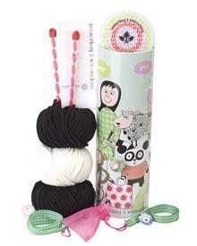 Wolle (nur in Verbindung mit Strick- oder Häkelnadeln)