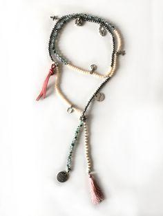 Redcor Kette mit Liebe von Hand gefertigt! - Perlen, Halskette, Love, Quaste, Anhänger
