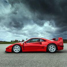 Ferrari F40 pure power no electronics even no windows!!!