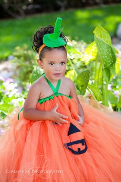 Halloween Boutique Style Pumpkin Face OTT by corrinacreations Halloween Goodies, Baby Halloween, Halloween Costumes For Kids, Diy Costumes, Costume Ideas, Kids Pumpkin Costume, Pumpkin Tutu, Pumpkin Faces, Toddler Outfits