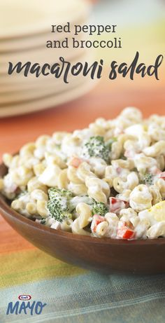 Red Pepper and Broccoli Macaroni Salad. Give your side dish an update with a broccoli macaroni salad. Our Red Pepper and Broccoli Macaroni Salad with less mayo go as fast as the original. Vegetarian Recipes, Cooking Recipes, Healthy Recipes, Savory Salads, Pasta Salad Recipes, Summer Salads, Soup And Salad, Pasta Dishes, Summer Recipes