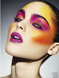 Fashion editorial makeup avant garde make up 43 Ideas Makeup Inspo, Makeup Art, Makeup Inspiration, Beauty Makeup, Makeup Ideas, Fairy Makeup, Mermaid Makeup, Cool Makeup, Glam Rock Makeup
