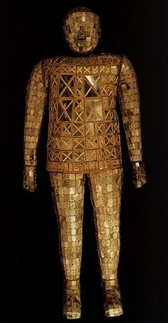 The jade suit of Liu Wu, the King of Chu during the Western Han Dynasty.   Flickr - Photo Sharing!