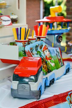 Easy Paw Patrol Party Ideas for the Best Paw Patrol Birthday Party Ever! Planning a Paw Patrol birthday party for your child? If so, you'll want to save these easy party ideas, tutorials, and printables for their big day! 6th Birthday Parties, Third Birthday, Birthday Fun, Boys 2nd Birthday Party Ideas, Birthday Table, Paw Patrol Toys, Paw Patrol Party, Paw Patrol Games, Torta Paw Patrol