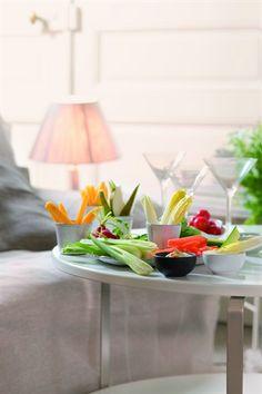 Bâtonnets de fruits et de crudités et leurs dips - Larousse Cuisine