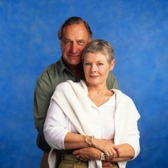Geoffrey Palmer and Judi Dench. I want a Lionel Hardcastle of my very own. Judy Dench Hair, Judi Dench, Bbc Tv Shows, Uk Tv, As Time Goes By, British Comedy, Famous Faces, Favorite Tv Shows, Victorian