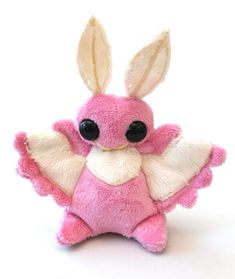 Plush by Shuufly Rosy Maple Moth, Plushie Patterns, Softie Pattern, Sewing Crafts, Sewing Projects, Cute Stuffed Animals, Cute Plush, Creepy Cute, Plush Dolls