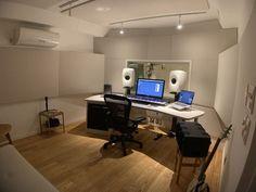 Studio Room Design, Home Studio Desk, Music Studio Room, Studio Setup, Loft Interior Design, Studio Interior, Home Music, Recording Studio Design, Home Building Design