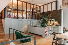 The beautiful loft of an interior designer - Roomed
