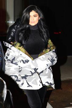 Kylie Jenner   Leaving her hotel   New York City   16 • 01 • 2017.