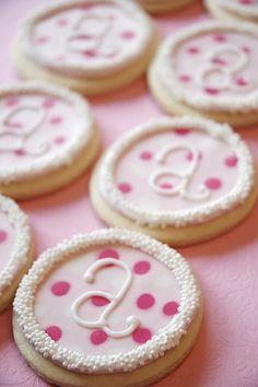 polka dot cookies for Allie Fancy Cookies, Iced Cookies, Cute Cookies, Royal Icing Cookies, Sugar Cookies, Cookies Decorados, Galletas Cookies, Cupcakes, Cupcake Cookies