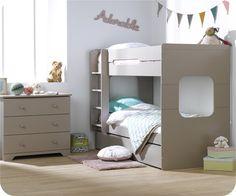 Hoy queremos compartir con vosotras una solución para las habitaciones infantiles con problemas de espacio, se trata de la litera Spark de Mobikids, una litera
