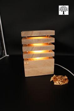 Wunderschöne Nachttischlampe aus Eschenholz.  Diese Lampe wurde im schlichten eleganten Design entwickelt um eine angenehme Atmosphäre durch die Farbe des Holzes zu schaffen. Zusätzlich wurde das Holz mit einem weißen Öl behandelt - so entsteht die typische Landhausdielen Optik.   Ein elegantes zeitloses Design, passend für jeden Raum. Ein absoluter Hingucker für jedermann.   Netzbetrieben mit einem wechselbaren LED Spot (230V) Gefertigt in reiner Handarbeit in Österreich Led Spots, Wall Lights, Lighting, Design, Home Decor, Indirect Lighting, Bedside Lamp, Floor Lamp Base, Sparkle