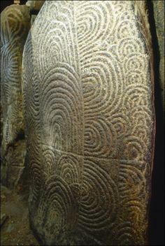 Dolmen dans Le Cairn de Gavrinis - Un chef d'oeuvre de l'art néolithique - Larmor Baden (56) France