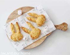 12 x inspiratie voor de paasbrunch met kinderen - Elkeblogt Croissant, Camembert Cheese, Dairy, Cupcakes, Food, Cupcake Cakes, Essen, Crescent Roll, Meals