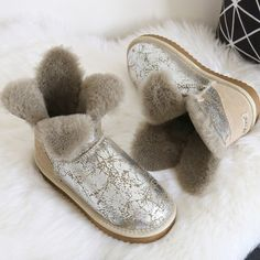 (54.50$)  Watch here - http://aiuzz.worlditems.win/all/product.php?id=32790418342 - Clover Flower Pearl Wove Short Sheepskin Snow Boots Natural Wool Inside Waterproof Winter Boots Women Sweet Boots Winter Shoes