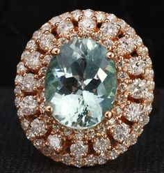 x Natural Round Diamonds Weight: Approx. Carats (color G-H / Clarity This ring is in perfect condition and looks like new. Gold Rings Jewelry, Fine Jewelry, Jewellery, Vintage Rings, Vintage Jewelry, Aquamarine Jewelry, Aqua Marine, Sapphire Diamond, Round Diamonds