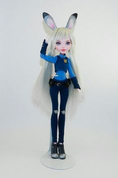 Custom MH Dolls I like this but I would have at least drawn on a cute bunny nose or something Custom Monster High Dolls, Monster Dolls, Monster High Repaint, Custom Dolls, Clay Dolls, Doll Toys, Barbie Dolls, Art Dolls, Doll Crafts