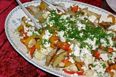 Scoresalat med blomkål 1 Snack Recipes, Cooking Recipes, Healthy Recipes, Cooking Ideas, Snacks, Danish Food, Lunches And Dinners, Caprese Salad, Food Inspiration