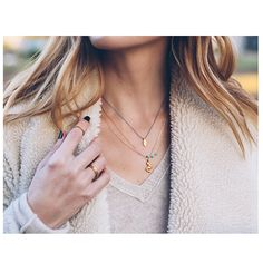 "We're loving @jessannkirby of Prosecco + Plaid's bohemian vibes in delicate jewels // ""I love fall and winter but I am always dreaming of summer"" her dogeared jewels remind her of warm summer days on the beach! 
