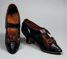 Woman's Bar Shoes 1880-85