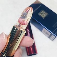 Bts Makeup, Makeup Goals, Makeup Art, Beauty Makeup, Lipstick Photos, Lipstick Art, Lipstick Brands, Aesthetic Beauty, Aesthetic Makeup