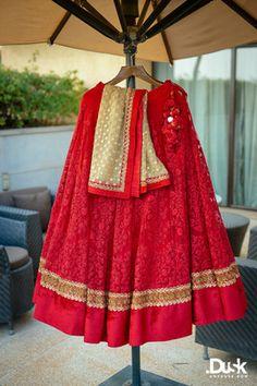 Ideas Bridal Lehenga Red Outfit For 2019 Indian Bridal Lehenga, Indian Bridal Outfits, Indian Bridal Wear, Indian Dresses, Indian Wear, Bridal Dresses, Shaadi Lehenga, Red Lehenga, Sarees