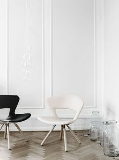 Mundo Lounge easy chair by Susanne Grønlund from Fredericia Furniture