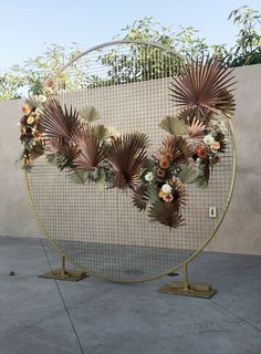 The Circle Grid Arch exudes modern and fun. Available in brushed gold, brushed silver, black and white. Add flowers or balloons to make a fun backdrop. Wedding Altars, Wedding Ceremony Backdrop, Marquee Wedding, Backdrop Frame, Floral Backdrop, Backdrop Stand, Arch Decoration, Backdrop Decorations, Wedding Backdrop Design