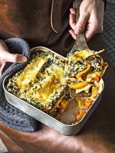Lasagne with Sweet Potato, Ricotta and Kale Veggie Recipes, Vegetarian Recipes, Pasta Recipes, Healthy Recipes, Healthy Soups, Easy Cooking, Cooking Recipes, Go For It, Ricotta