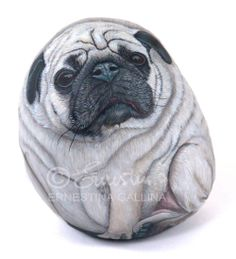 Pug hand painted on stone by Ernestina Gallina, Pietrevive. https://www.facebook.com/pietrevive.ernestina