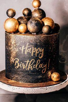 Black And Gold Birthday Cake, Golden Birthday Cakes, Black And Gold Cake, Elegant Birthday Cakes, Beautiful Birthday Cakes, 16th Birthday Cake For Boys, 16 Birthday Cake, Cake Decorating Techniques, Cake Decorating Tips