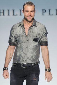 Diseñadores de moda hombre.  Philipp Plein      Firma actual: Philipp Plein