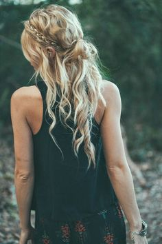 loose and boho hair
