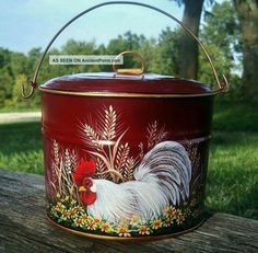 Vtg Tin Berry Pail Lunch Bucket Hp Red Rooster Daisies Wheat Hand Painted Photos and Information in AncientPoint Painted Milk Cans, Painted Pots, Hand Painted, Rooster Kitchen Decor, Rooster Decor, Chicken Painting, Chicken Art, Rooster Art, Red Rooster