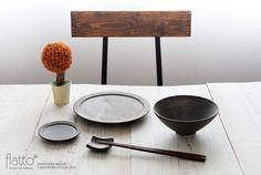 shiro-kuro 飯碗(平・黒)/作家「トキノハ」/和食器通販セレクトショップ「flatto」#トキノハ #和食器
