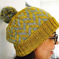 Herringbone Hat by Anne Mizoguchi | malabrigo Rios in Frank Ochre and other gray