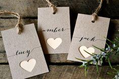 Wedding place cards/name tags by LaPommeEtLaPipe on Etsy - statt Herzen Fische - perfekt für die Konfirmation
