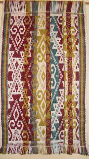 UN LUGAR DE TELAR WITRALWE Textiles, Co Working, Leather Blazer, Learning Centers, Crafty Craft, Master Class, Margarita, Cross Stitch Patterns, Bohemian Rug