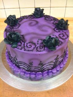 Another purple & black gothy cake