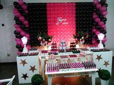 Decoração provençal 15 anos pink e preto