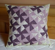 violet pillow, flic-flac, patchwork